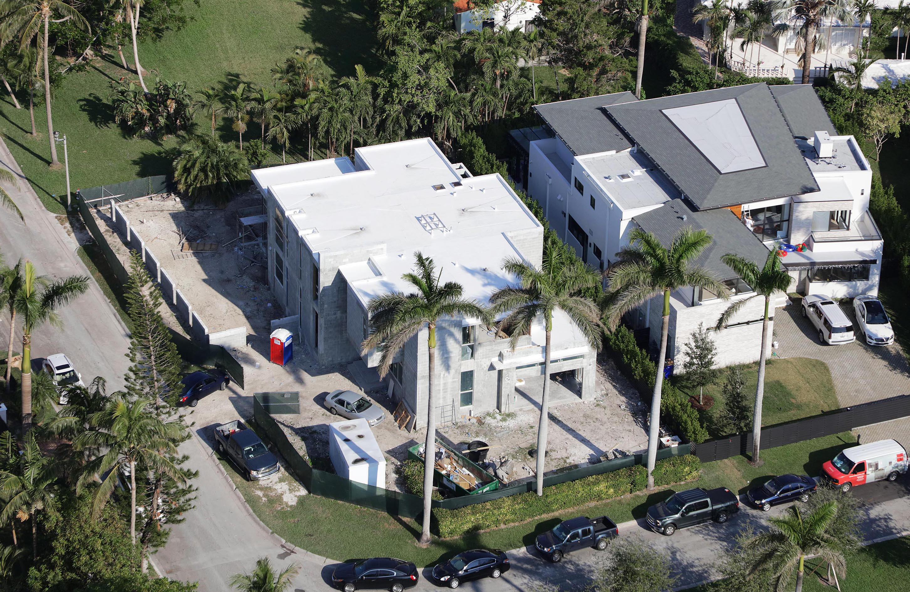 We developed the Architecturen of the 77 Bal Harbour, Florida