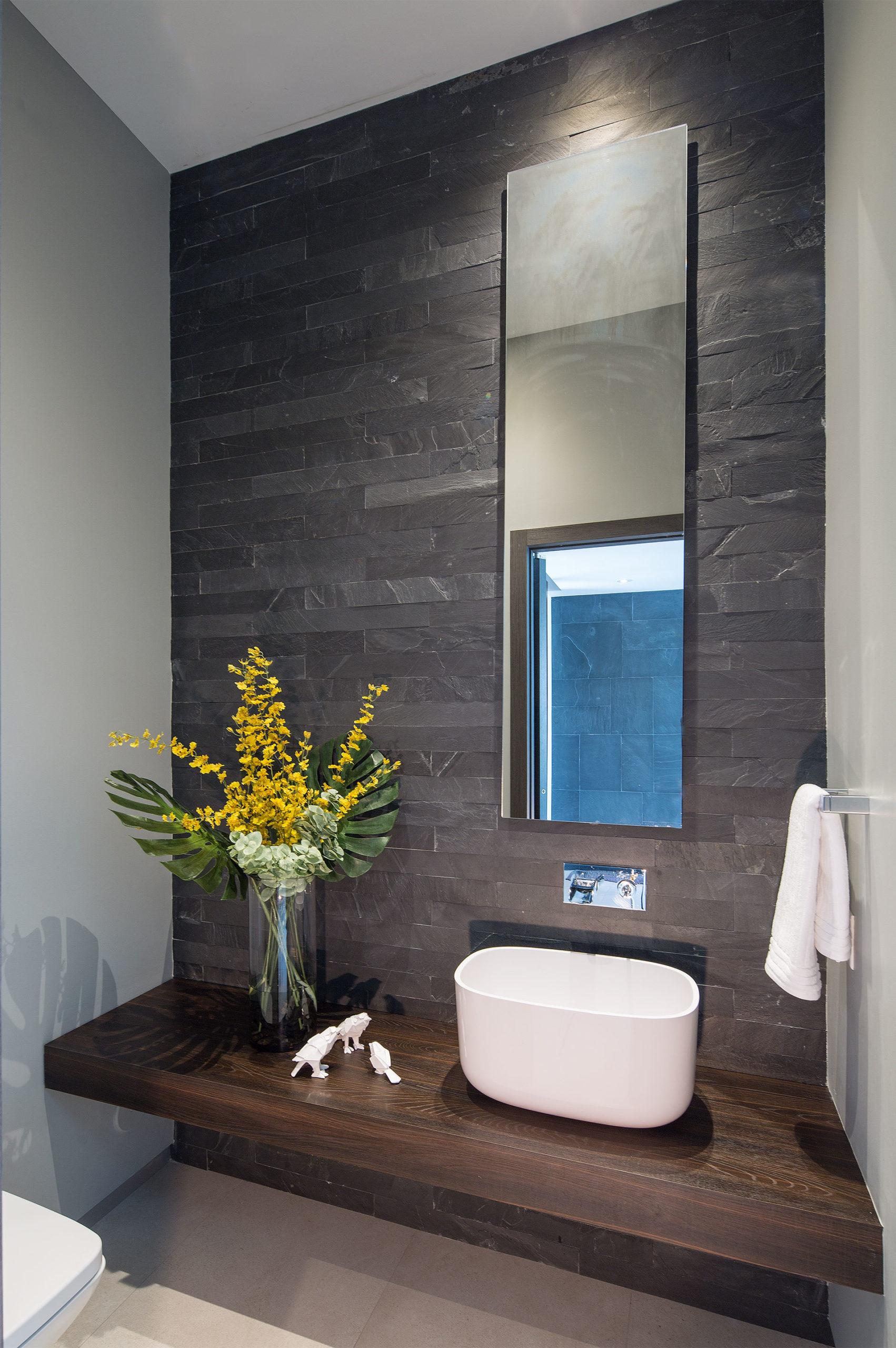 Interior Design bathroom view project in 475 Center Island Drive, Florida