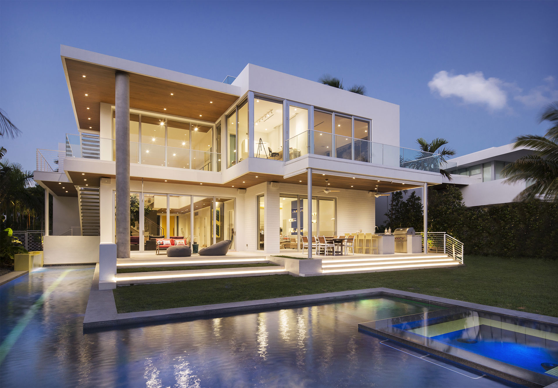 Swimming Pool Front View Exterior Architecture project in 484 North Parkway, Florida