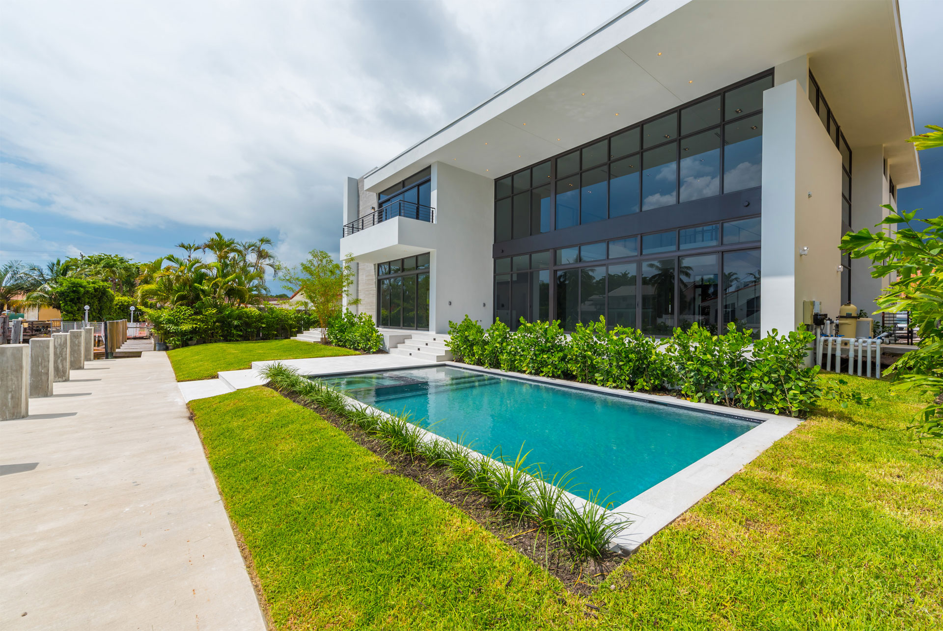 Architect front view project in Eastern Shores, Florida