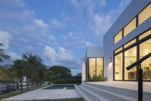 Landscaping Design Side View Exterior Architecture project in Enchanted Lakes, Florida