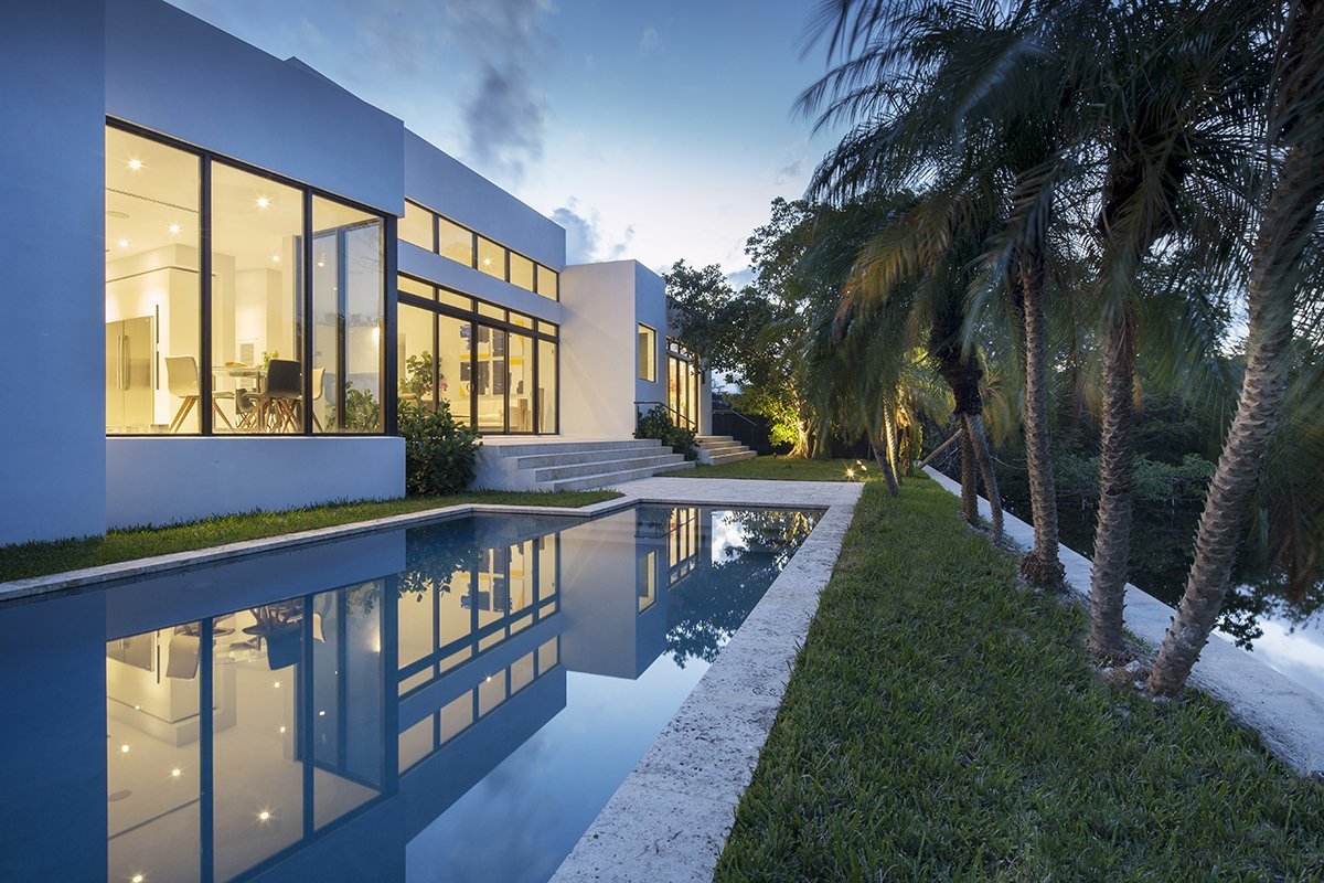 Landscaping Design Front View Exterior Architecture project in Enchanted Lakes, Florida