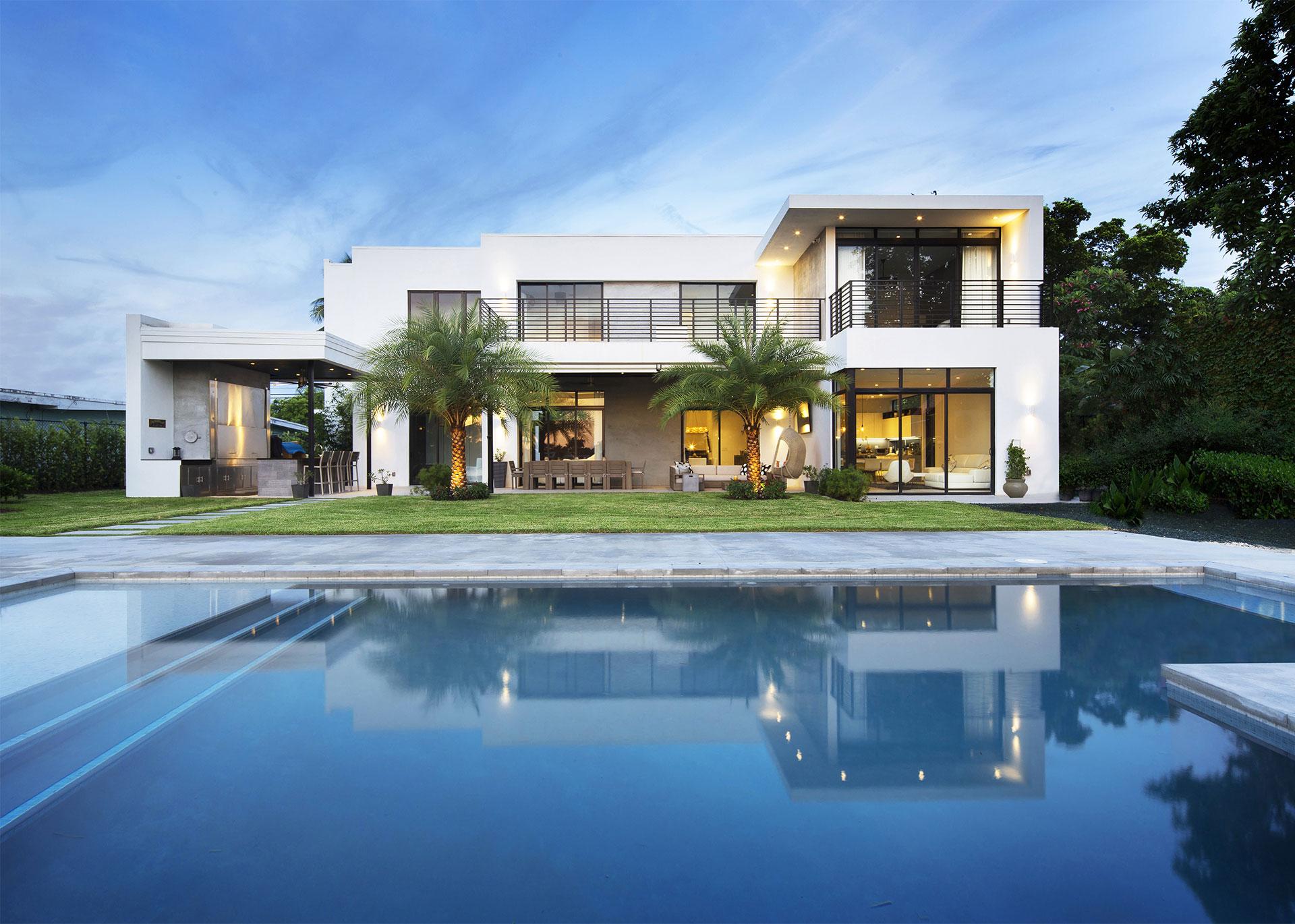 Swimming Pool View Exterior Architecture project in North Miami Beach, Florida