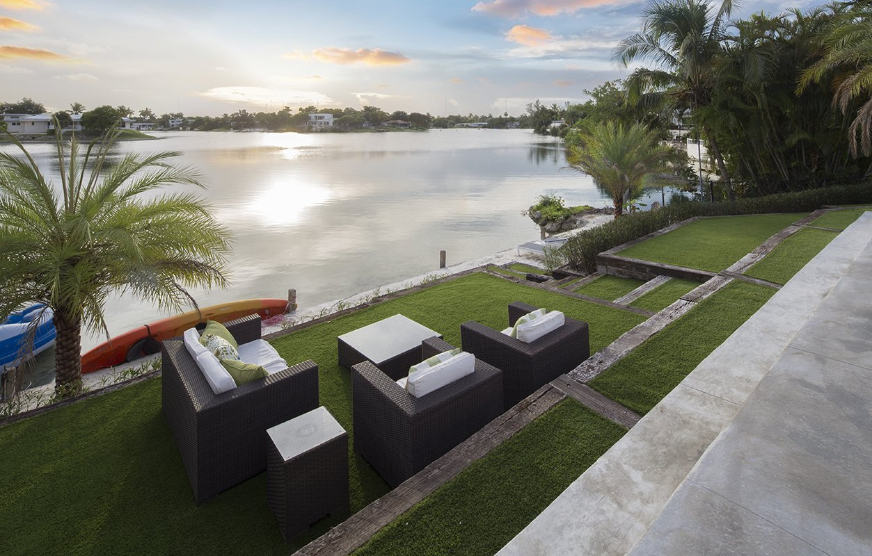 Terrace Side View Exterior Architecture project in North Miami Beach, Florida